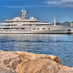 Yatch dans le port de Cannes by lucbus - Cannes 06400 Alpes-Maritimes Provence France