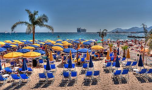 """La plage """"privée"""" de Cannes par lucbus"""