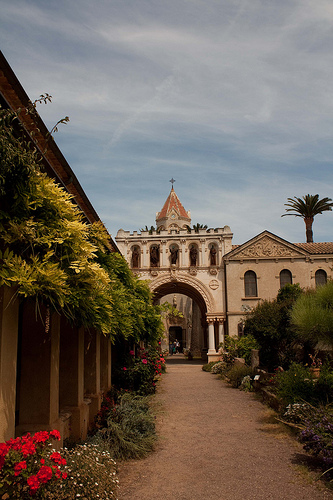 Ile Saint-Honorat ; abbaye et monastère by david.chataigner