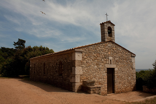 Chapelle Saint-Pierre : Ile Saint-Honorat by david.chataigner