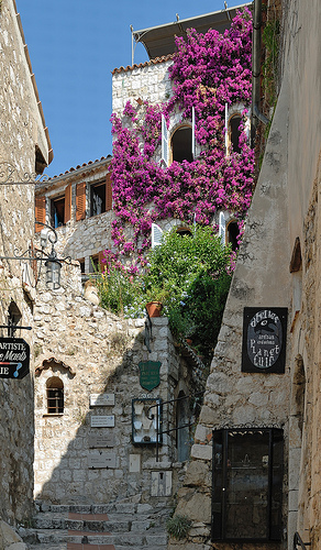 Ruelle de Eze by pizzichiniclaudio