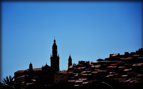 Contrastes - Menton skyline by Charlottess