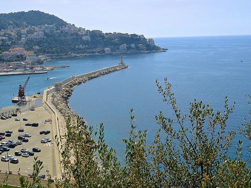 Entrée du port de Nice par angelinas