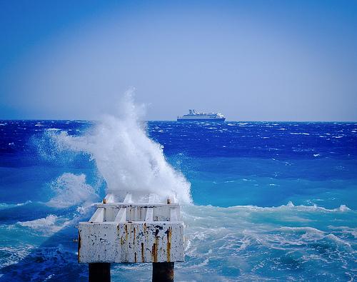Le bleu côte d'azur par S. E. P.