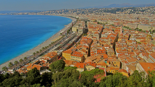 Les toits chauds de Nice face à la Côte d'Zur by cjbphotos1