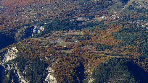 Le plateau de Dina - vallée du Var by bernard BONIFASSI
