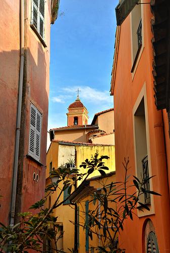 Roquebrune en couleurs par Charlottess