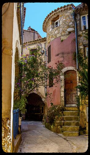 Ruelle antique à Roquebrune par DHaug