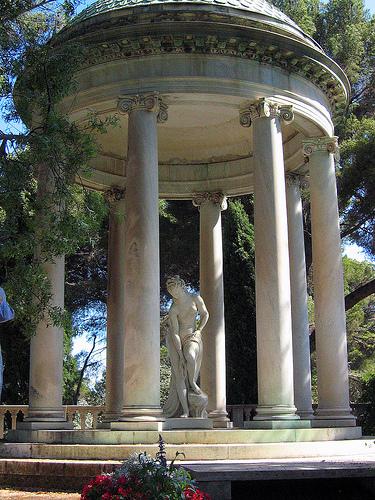 Villa Ephrussi de Rothschild - Temple de l'amour par alainmichot93
