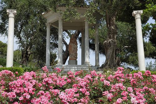 Villa Ephrussi de Rothschild - la roseraie par M Barbéro