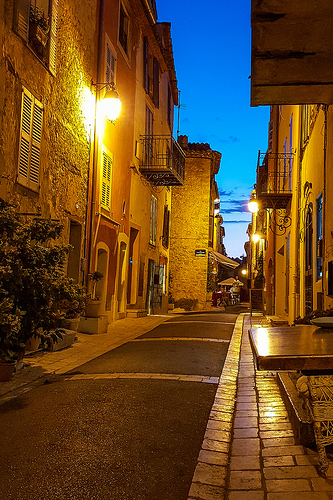 Rues de Valbonne by Jonathan Sharpe, Photographer