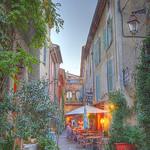 Ruelle de Valbonne par ChrisEdwards0 - Valbonne 06560 Alpes-Maritimes Provence France