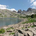 Le Lac d'Allos et sa roche par Hélène_D - Allos 04260 Alpes-de-Haute-Provence Provence France