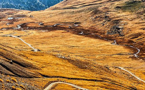 Route de la Bonette : vue depuis le col de la bonette by moni-h