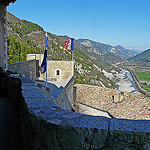 La citadelle d'Entrevaux : Vue du haut du donjon par  - Entrevaux 04320 Alpes-de-Haute-Provence Provence France