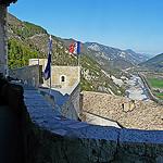 La citadelle d'Entrevaux : Vue du haut du donjon par myvalleylil1 - Entrevaux 04320 Alpes-de-Haute-Provence Provence France