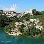 Esparron de Verdon et son lac par Tinou61 - Esparron de Verdon 04800 Alpes-de-Haute-Provence Provence France