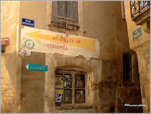 Rues à Forcalquier by Rhansenne.photos