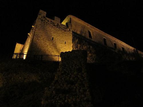 Gréoux les Bains la nuit par Olivier Nade