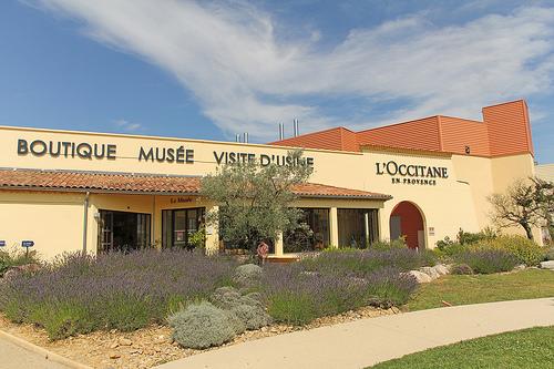 Boutique musée - Visite d'usine de l'Occitane en Provence par Meteorry