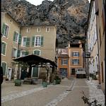 Place Clerissy par Sylvia Andreu - Moustiers Ste. Marie 04360 Alpes-de-Haute-Provence Provence France