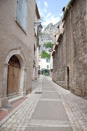 Moustiers Sainte Marie (Haute Provence) par Belles Images by Sandra A.