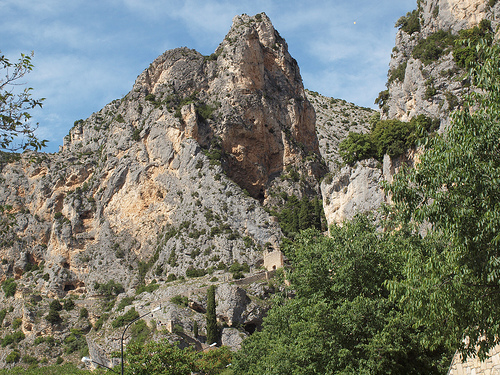 L'étoile de Moustiers Sainte Marie par Locations Moustiers