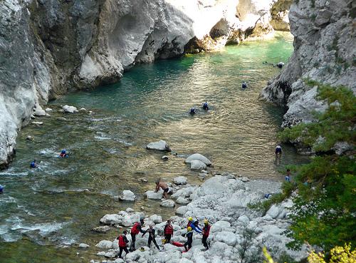 Jeux d'eau dans les gorges du Verdon by myvalleylil1