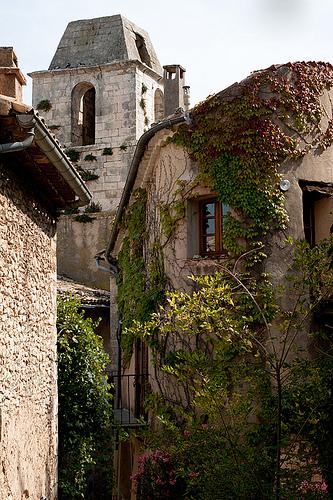 Simiane-la-Rotonde : le clocher by Loïc BROHARD