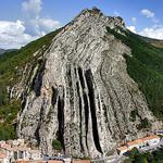 Sisteron - rocher de la Baume  par JeffT333 - Sisteron 04200 Alpes-de-Haute-Provence Provence France