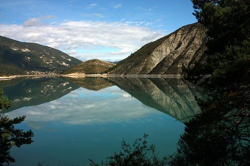 Lost in Reflections - Lac de Castillon by Sokleine