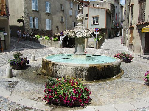 Fontaine bien propre de Valensole par Olivier Nade