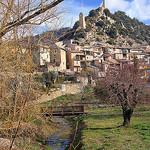 Village et tour du guet - Volonne par Charlottess - Volonne 04290 Alpes-de-Haute-Provence Provence France