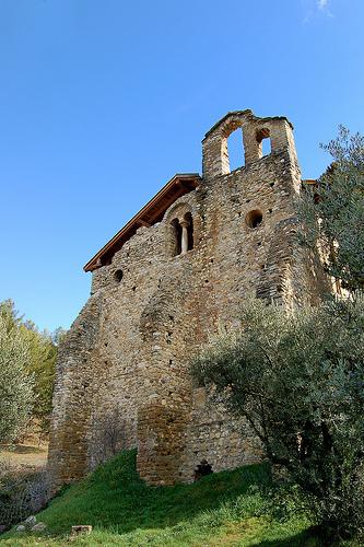 Eglise Saint-Martin - Volonne by Charlottess