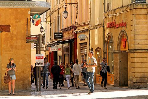 Rue du Maréchal Foch by Meteorry