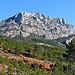 Les couleurs de la Montagne Sainte Victoire by Alpha Lima X-ray - Aix-en-Provence 13100 Bouches-du-Rhône Provence France