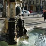 Une fontaine à Aix-en-Provence by Antoine 2011 - Aix-en-Provence 13100 Bouches-du-Rhône Provence France