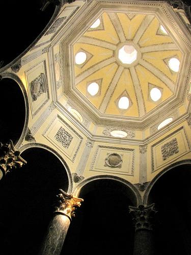 Aix-en-Provence : Dome of Saint-Sauveur par cefran_other