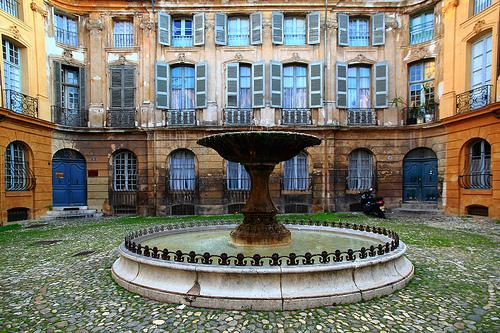 Place d'Albertas, Aix en Provence par Boccalupo