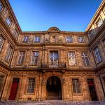 Hôtel de Ville d'Aix par NeoNature - Aix-en-Provence 13100 Bouches-du-Rhône Provence France