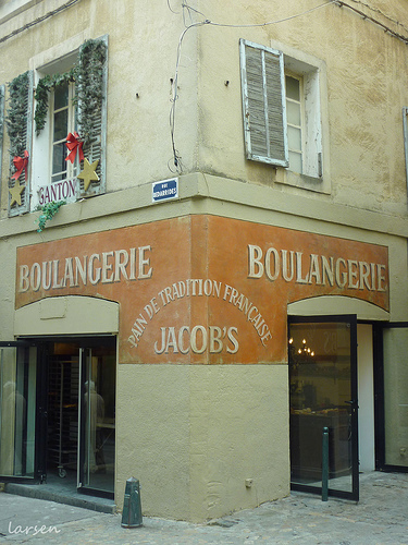 """Boulangerie """"Jacob's"""" - Rue Bédarrides par larsen & co"""