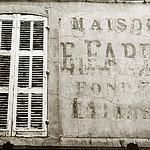 Aix en Provence - vieille facade par OrliPix - Aix-en-Provence 13100 Bouches-du-Rhône Provence France