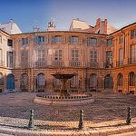 Place d'Albertas en panoramique à Aix en Provence par Cilou101 - Aix-en-Provence 13100 Bouches-du-Rhône Provence France