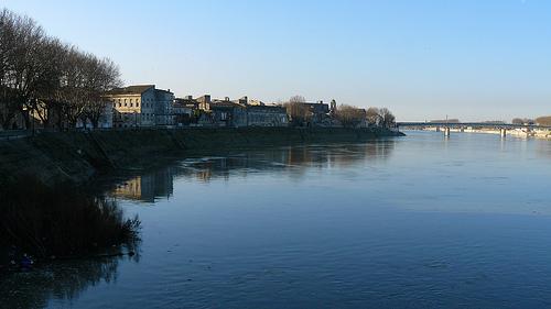La calme de la fleuve by Antoine 2011