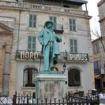 Statue de Frédéric Mistral par Cilions - Arles 13200 Bouches-du-Rhône Provence France