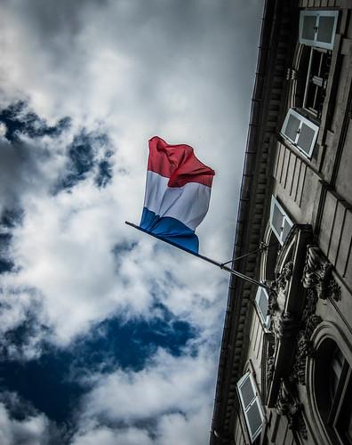 French Drapeau Tricolore à Arles par Bobbex