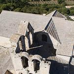 Montmajour : les toits de l'Abbaye par  - Arles 13200 Bouches-du-Rhône Provence France