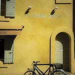 La maison jaune - Arles par Andrea Albertino - Arles 13200 Bouches-du-Rhône Provence France