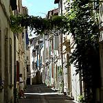 Ancient Streets - Ruelle à Arles par Discours de Bayeux - Arles 13200 Bouches-du-Rhône Provence France