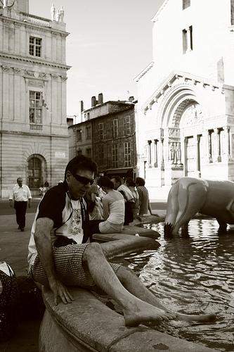 Baignade à Arles par OrliPix